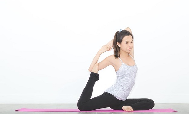 Pose Of The Week How To Do Mermaid Pose Advanced My Yoga Zone