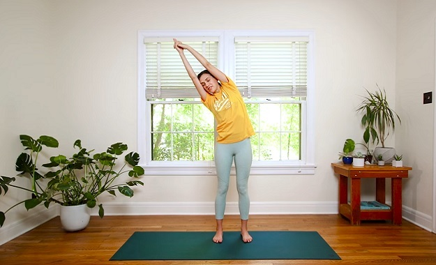 10-minute easy standing yoga class video