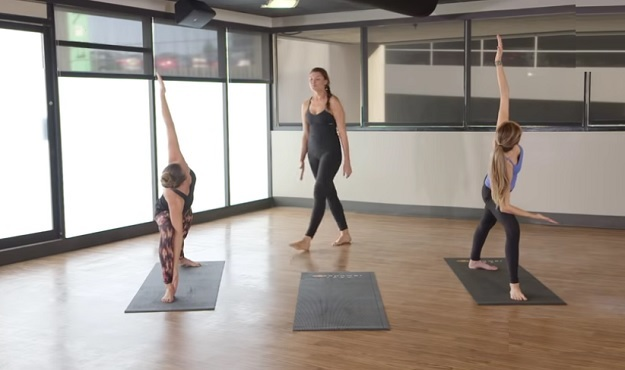 Weekly Workout 14 Minute Core Power Yoga Flow My Yoga Zone