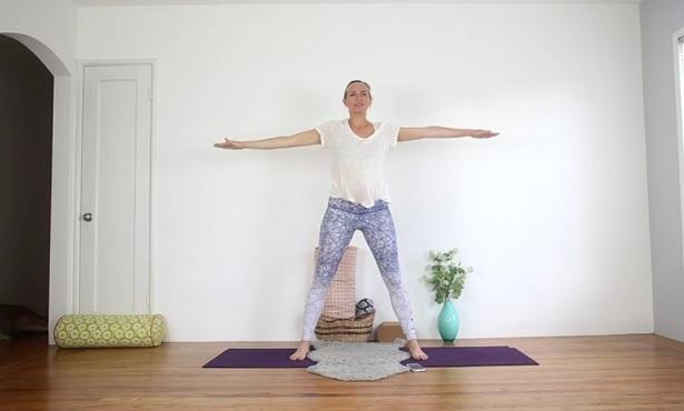 Kundalini yoga flow for digestive health video class