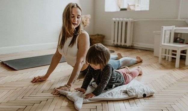 Tips for practicing yoga with kids at home