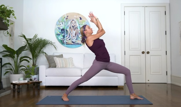 Weekly Workout 20 Minute Feel Good Power Yoga Flow My Yoga Zone