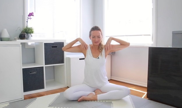 Beginner Kundalini yoga for head, neck, shoulder pain