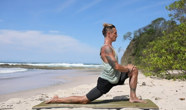 30-Minute yoga for lower body