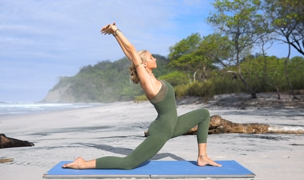 30-minute morning yoga flow video